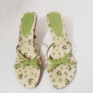 Bakers floral heels bows pastel green size 9B